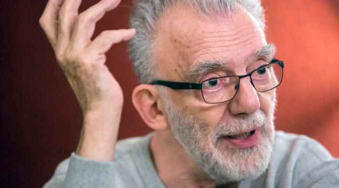 """Feldmár András: """"Nem hiszem, hogy bárki is végig tudná olvasni anélkül, hogy feldühödjön, sírjon vagy kétségbeessen."""""""